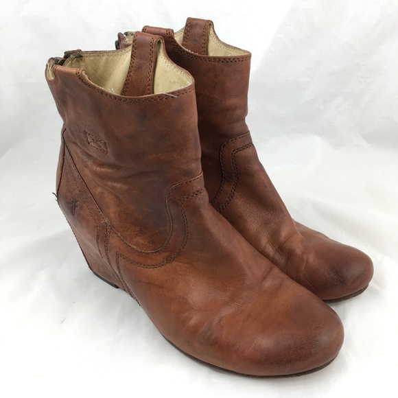 dc362d21678 Frye Shoes - Frye Carson booties wedge high heels ankle boot 10